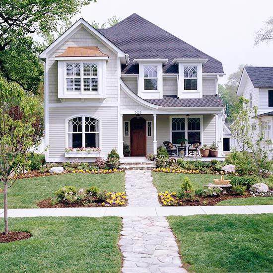 Ландшафт - Идеи оформления переднего дворика дома-Повтор узоров линий дома в ландшафте