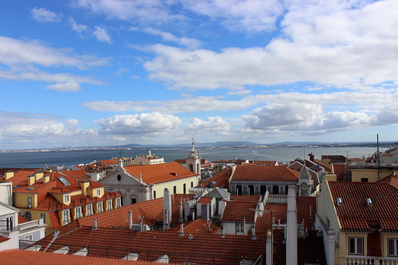 Лиссабон в марте