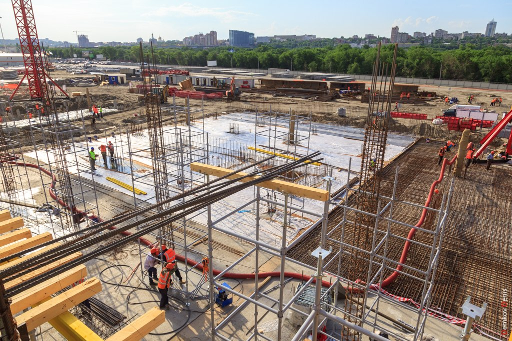 Фоторепортаж: Строительство стадиона «Ростов-Арена»