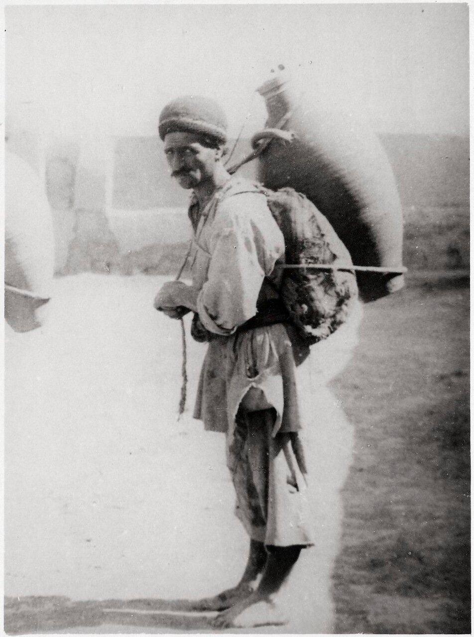 Торговец водой в Тифлисе