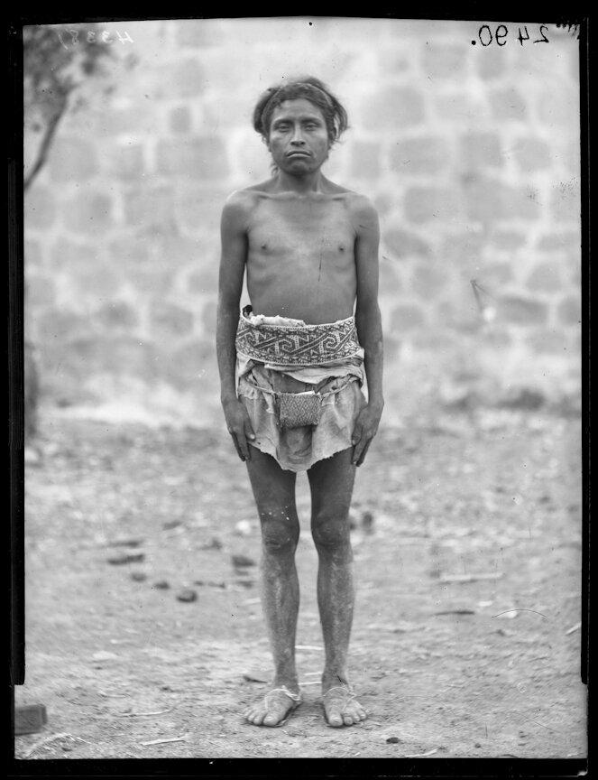 1898. Мужчина из племени Уичоли