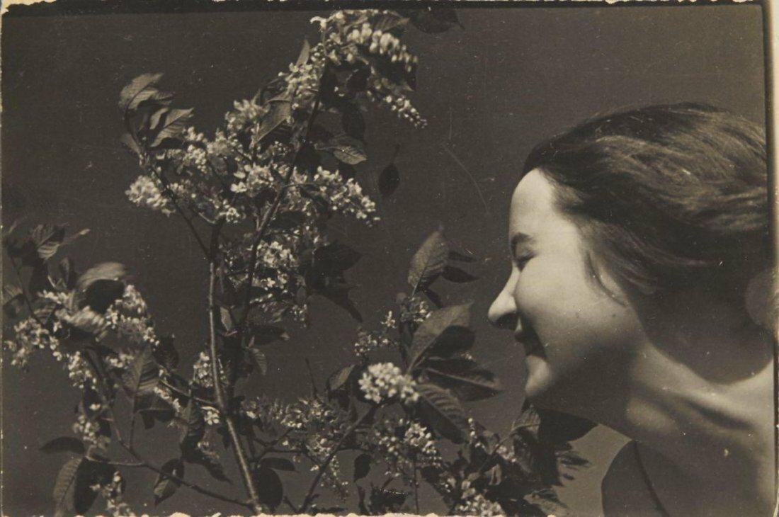 1930-е. Портрет жены