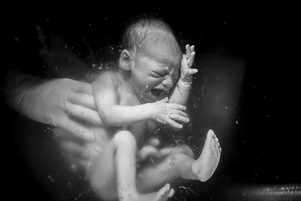 Эмоциональные снимки фотоконкурса «Рождение»