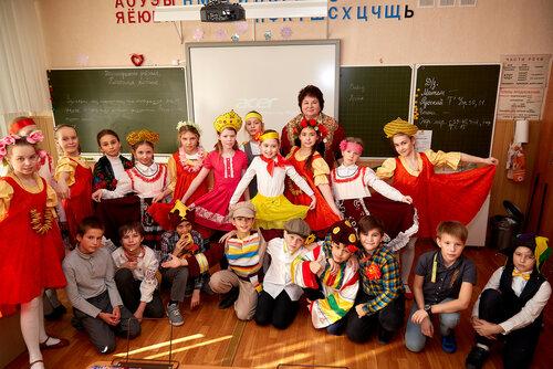 Масленица в начальной школе. Костюмированные выступления. 2018