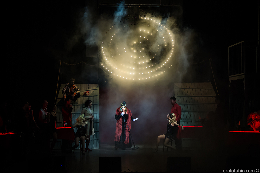 """New life of """"Kalina krasnaya"""" from Nadezhda Babkina's Shukshin Theater, stage, red """", Vasily, plays,"""" Kalina, life, performance, staging, engaged, theater, song """"because Babkina is, of course, theatrical, many, interviews, Maria touring"""