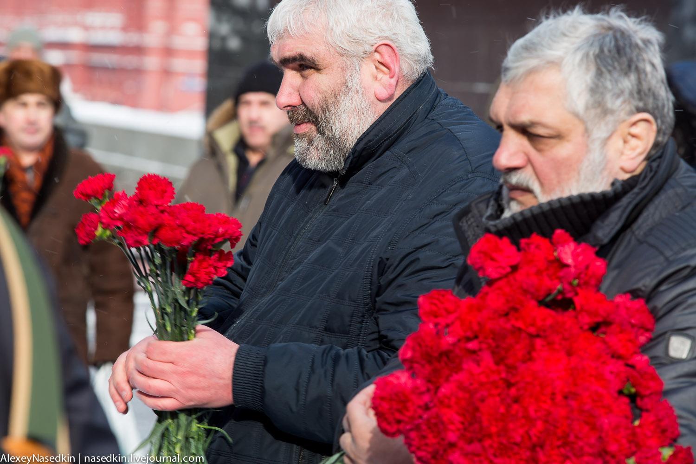Москва торжественно помянула Сталина (фото) GA8A9923.jpg