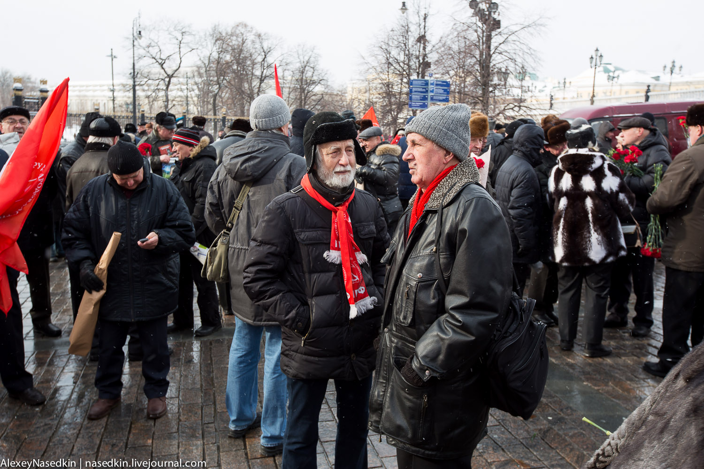 Москва торжественно помянула Сталина (фото) GA8A9931.jpg
