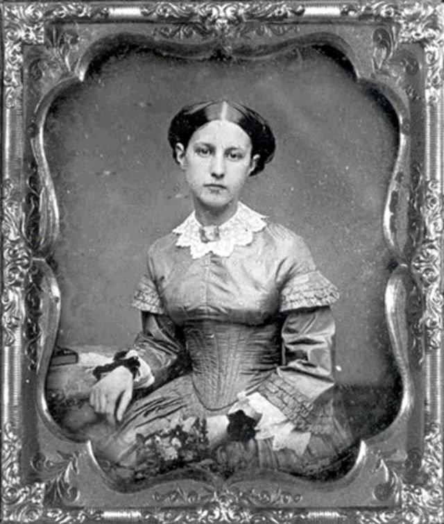 0 1844fc 1a3b4cb9 orig - Свадебные фотографии позапрошлого века