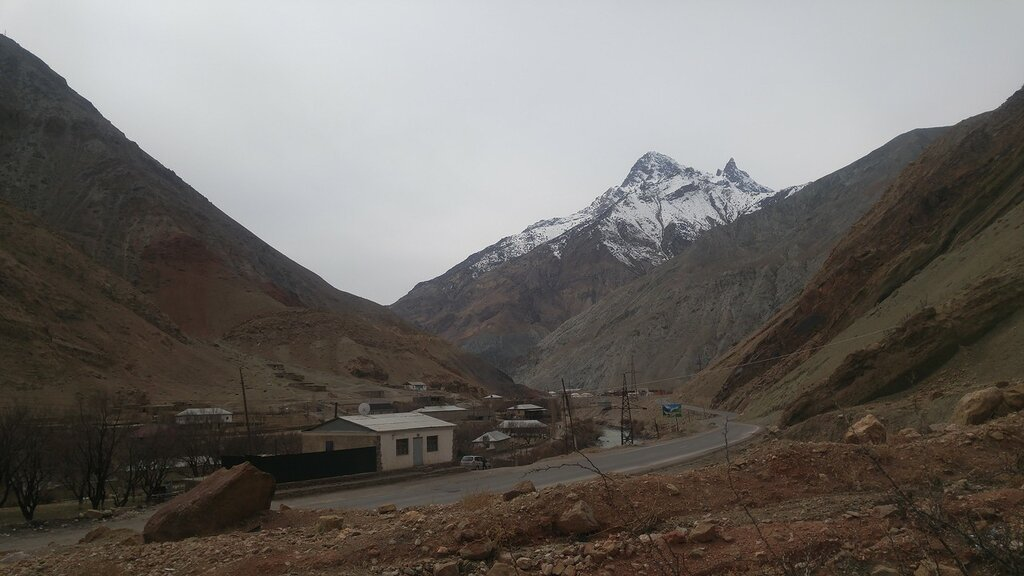 Горная дорога Таджикистан
