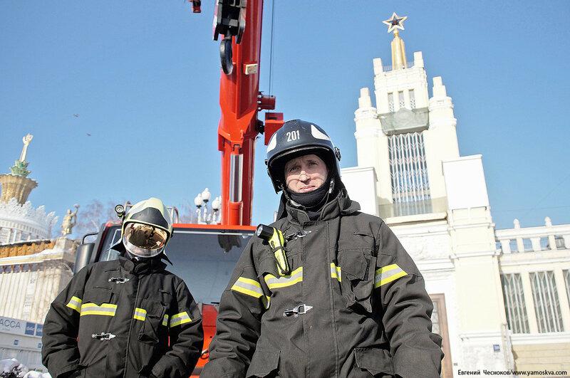 ВДНХ. Флэшмоб пожарных. 24.02.18.26..jpg