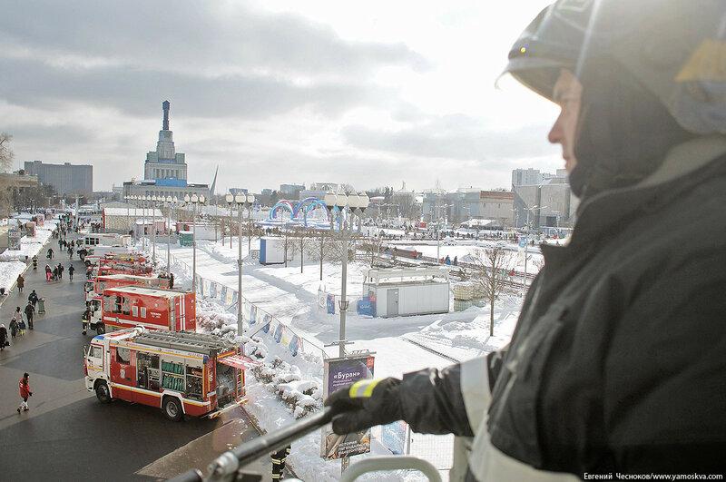 ВДНХ. Флэшмоб пожарных. 24.02.18.28..jpg