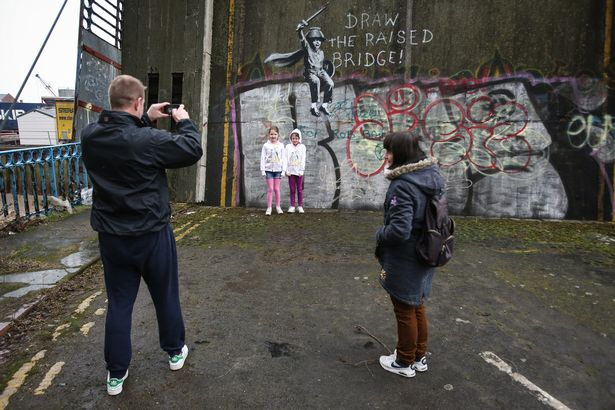 Streets: Banksy (UK)