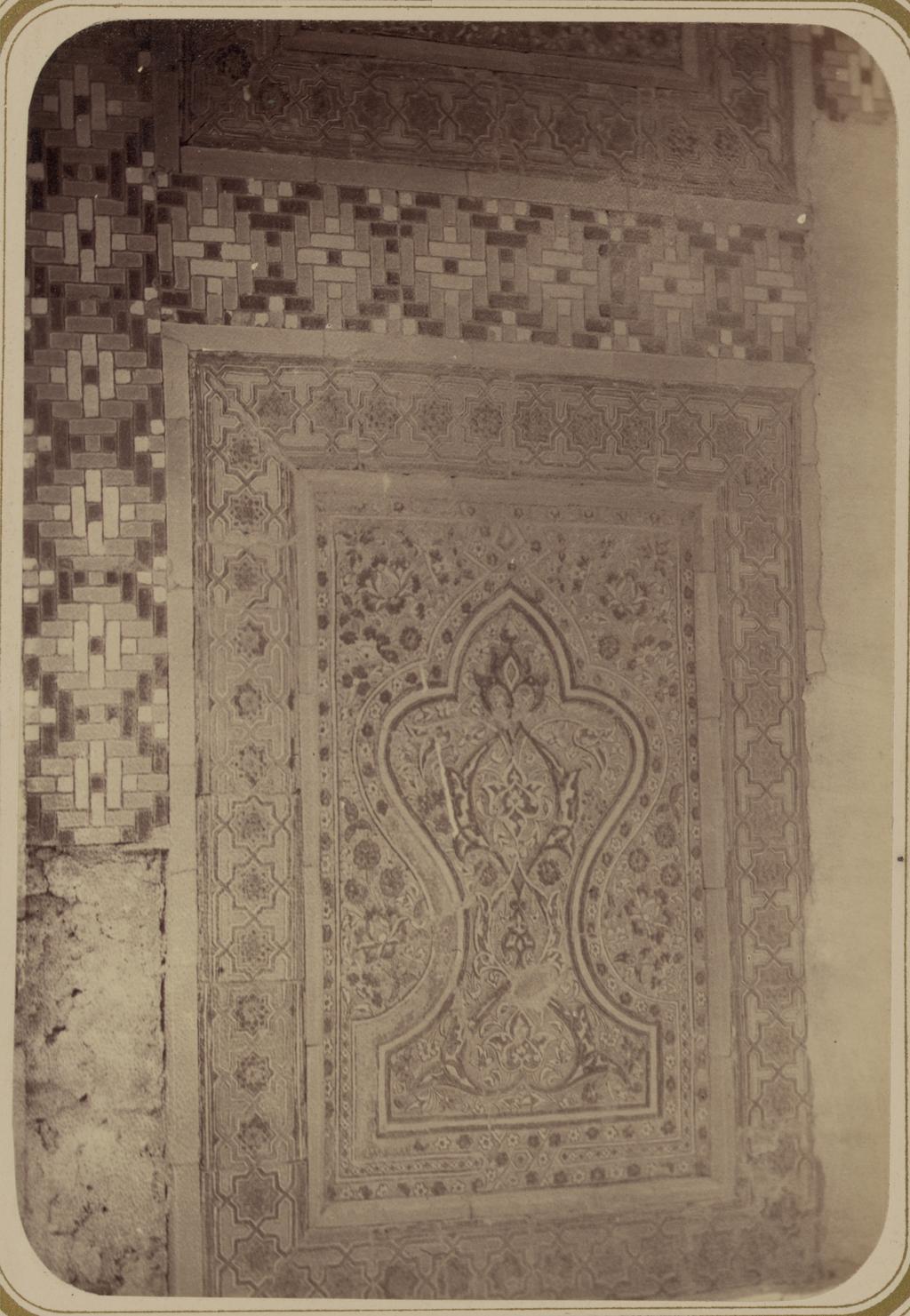 Мавзолей эмира Абу-Тенги. Фрагмент панели арочной ниши (нижняя часть)