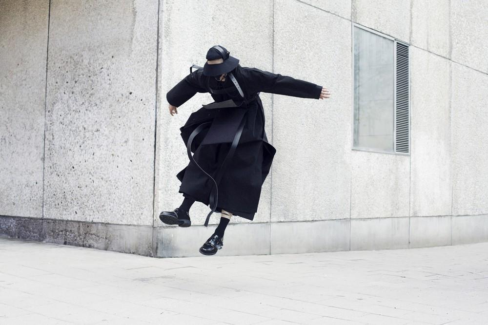 Элегантность и драма в фотопроекте «Падение»
