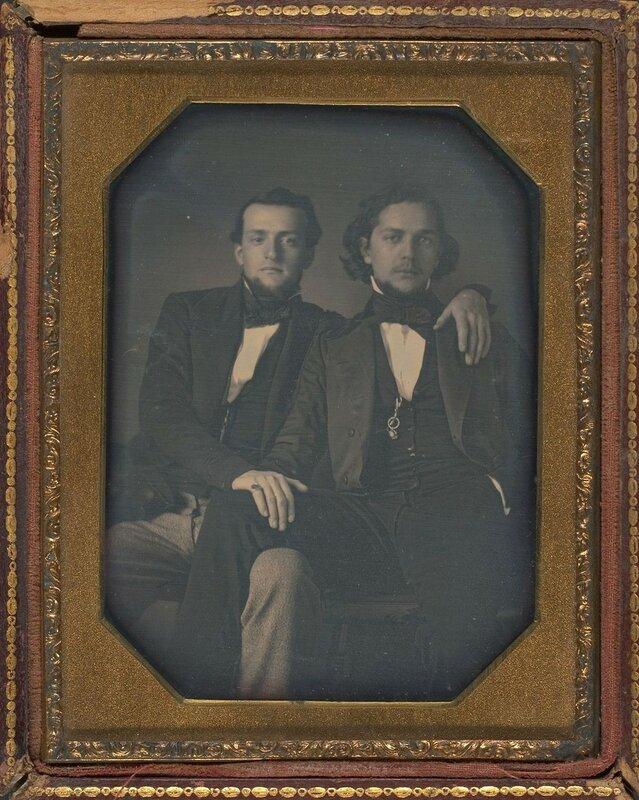 с. 1850-1890 Мужские объятия.