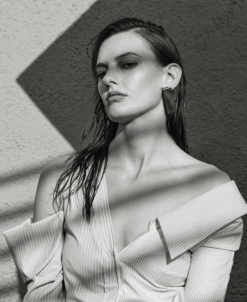 Фотосъёмка - Аманда Мёрфи для Elle US 07.jpg