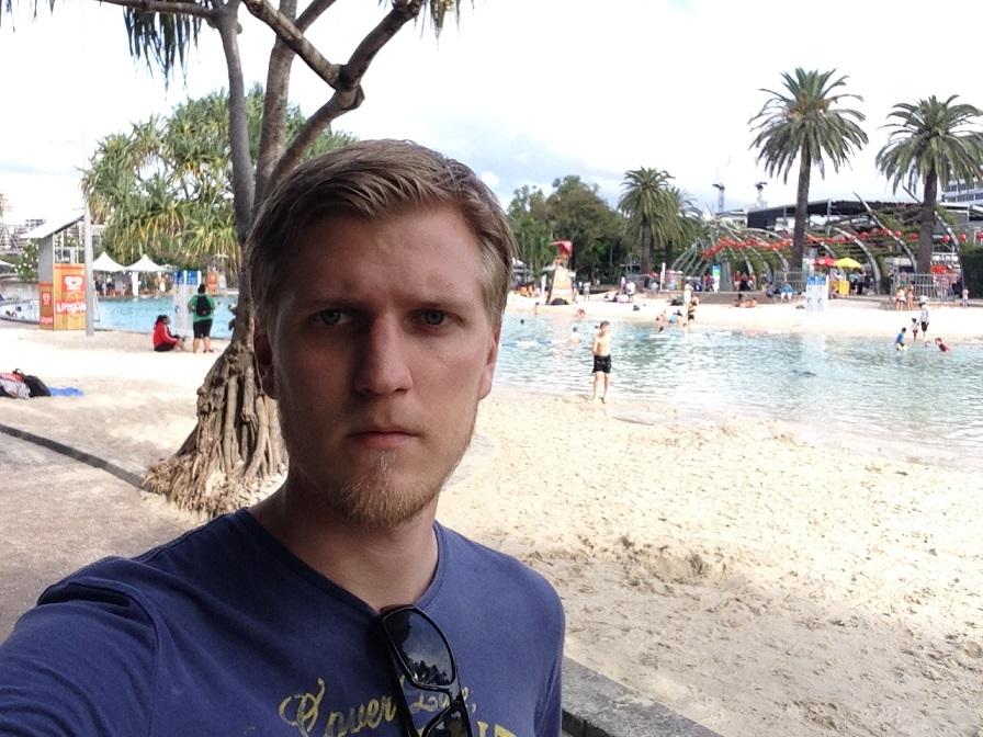 «В Брисбене есть пляж посреди города. Глупость какая-то».