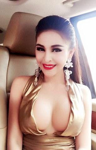 Слишком сексуальной актрисе в Камбодже запретили сниматься в кино (8 фото)
