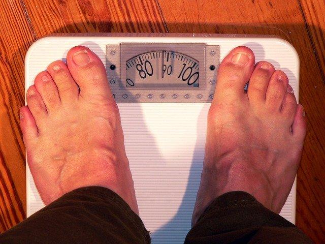 Ученые: встарости ненужные килограммы продлевают жизнь