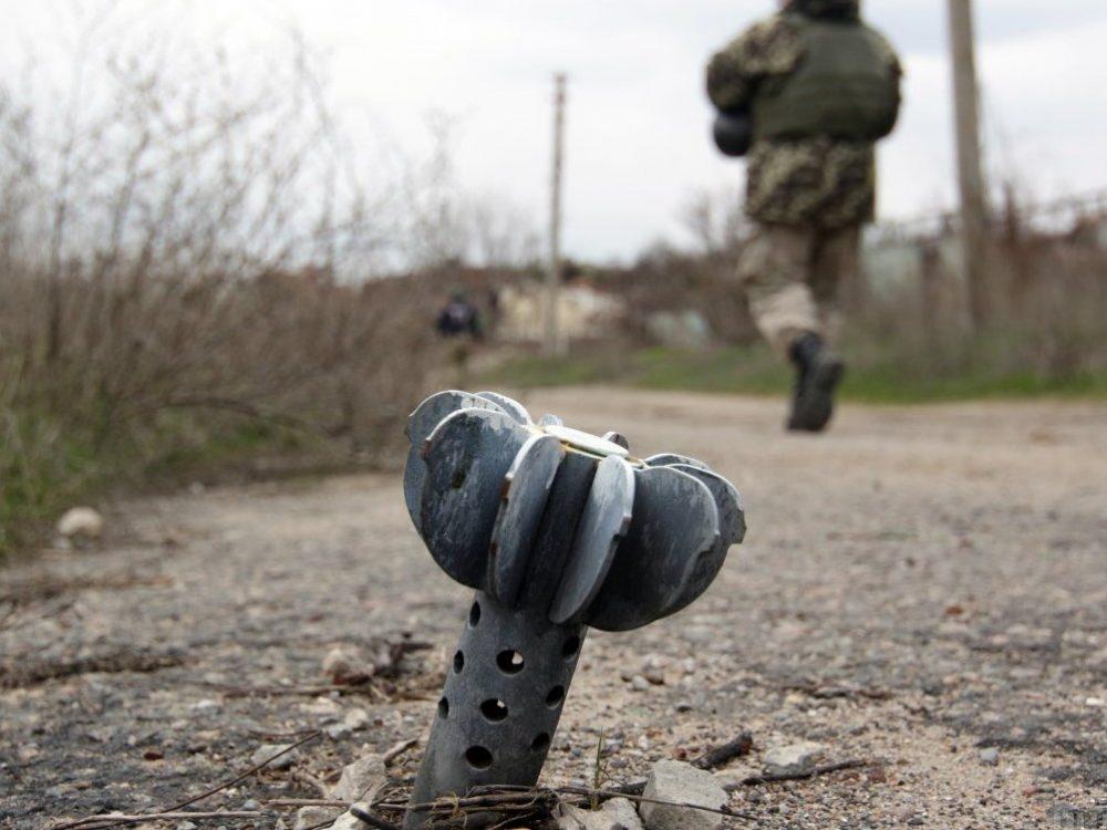 Боевики ударили поКрасногоровке: Один боец АТО умер, четверо ранены