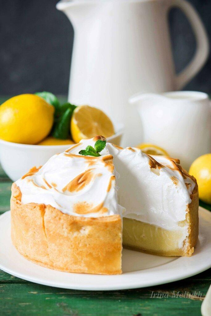Lemon-meringue-pie2.jpg