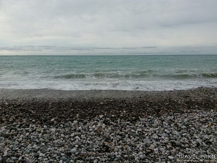 море в Абхазии зимой