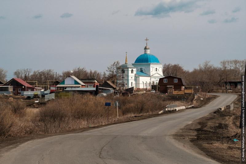 Церковь Рождетсва Ионна Предтечи в селе Кочневское