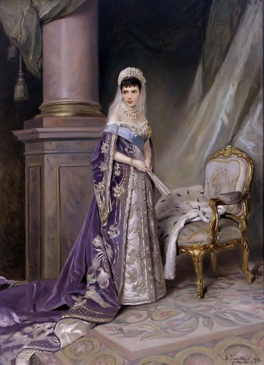 Maria_Fedorovna_by_V.Makovskiy_(1912,_Russian_museum).