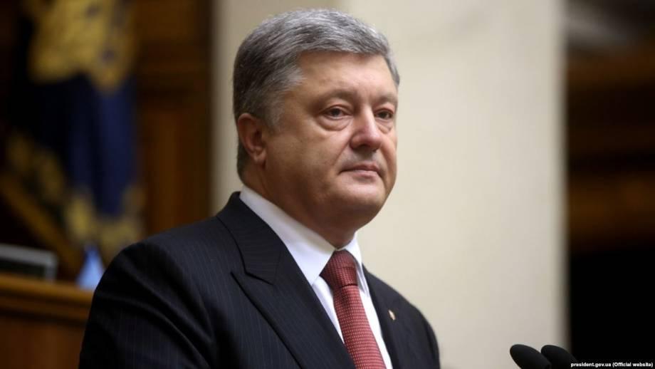 На Западе провал закона об отмене е-декларирования для общественных организаций связали с Порошенко