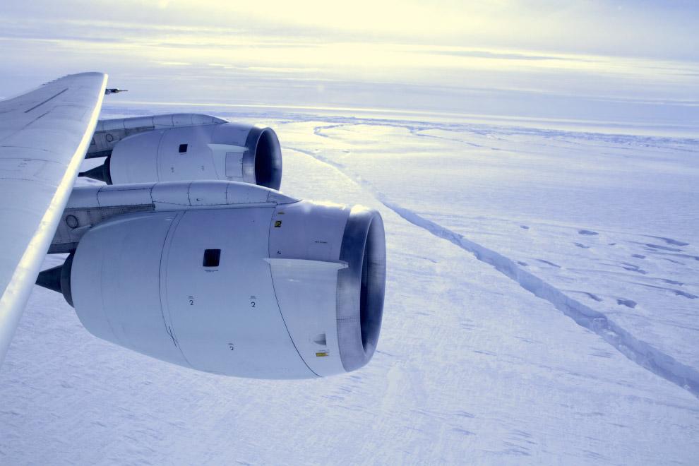 По мнению НАСА, если растает весь лед Западной Антарктики, уровень воды в мировом океане подним