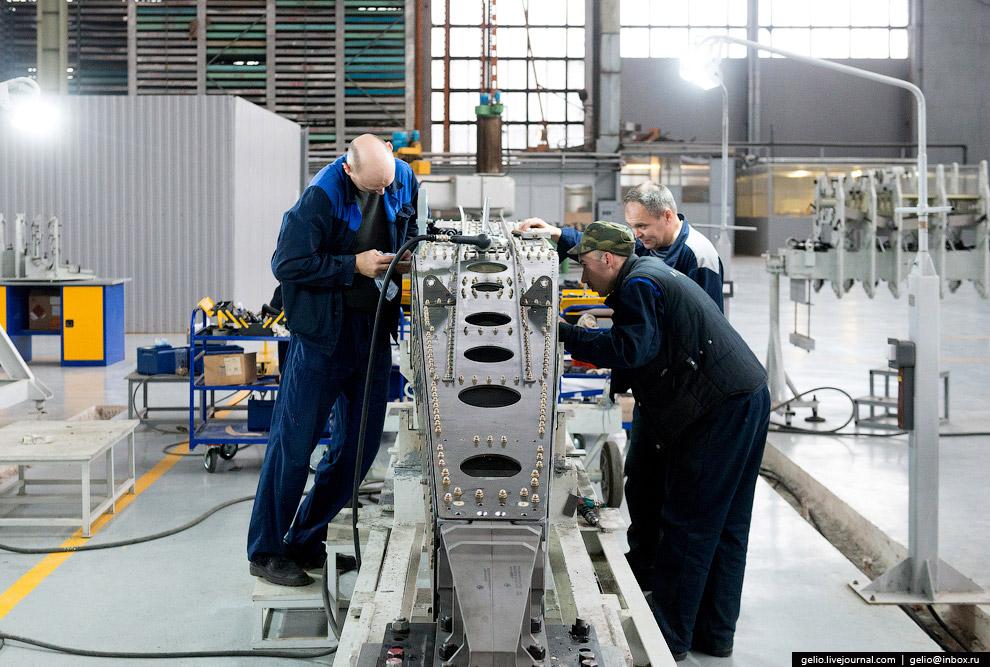 33. В ходе подготовки выпуска аэробуса Ил-86 в конце 1970-х годов завод провёл масштабную рекон
