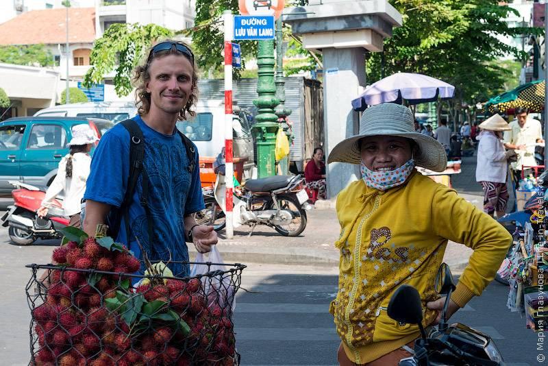 14. В целом, вьетнамцы – довольно дружелюбный и отзывчивый народ.Они часто выглядя