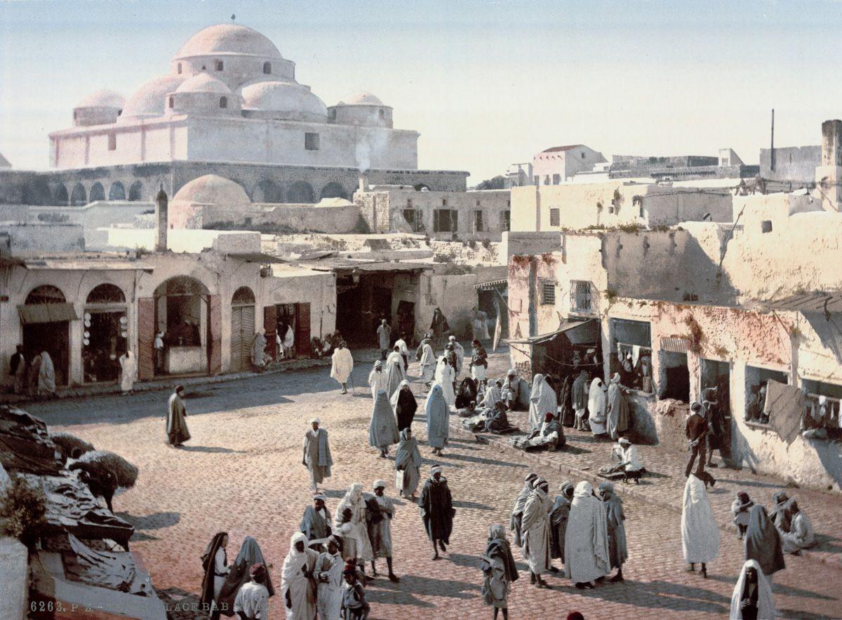 Тронный зал дворца Бардо, Тунис.