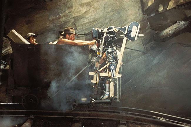 Харрисон Форд на съемках фильма «Индиана Джонс и храм судьбы».