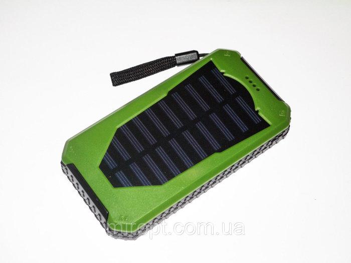Солнечное зарядное устройство. Если придется путешествовать пешком, это одна из первых вещей, котору