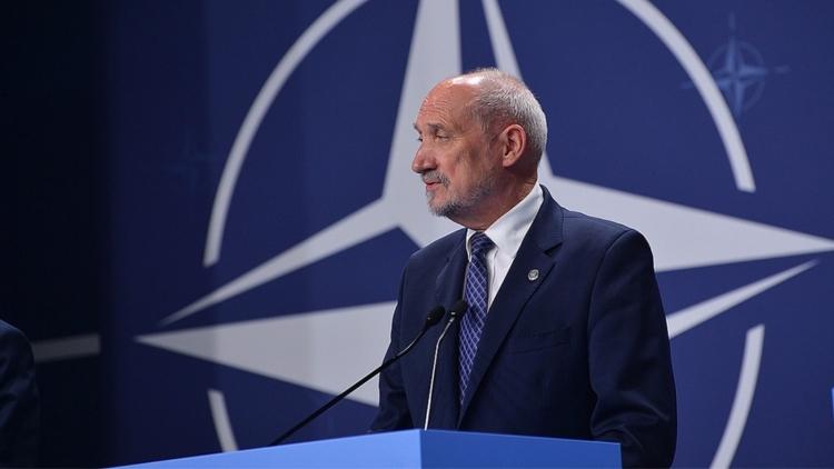 Руководитель Минобороны: Польша иУкраина могут сделать новый вертолет