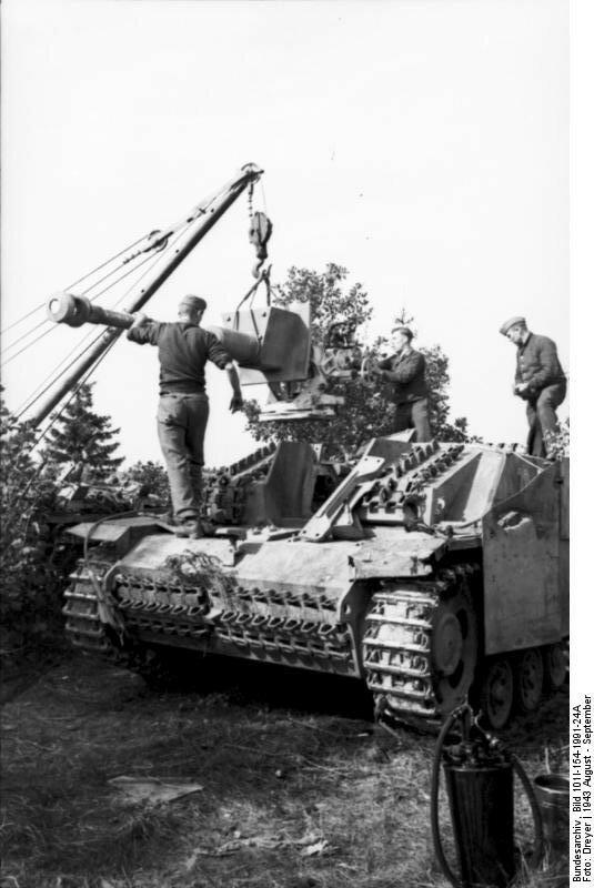 Russland, Sturmgeschьtz, Ausbau der Kanone