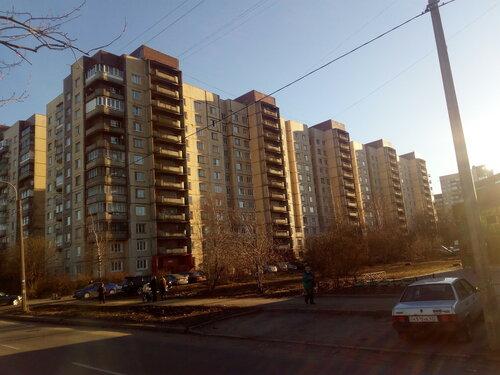 Малая Карпатская ул. 13