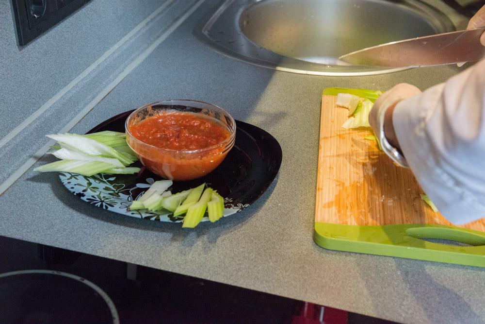 Зачем готовить самому?