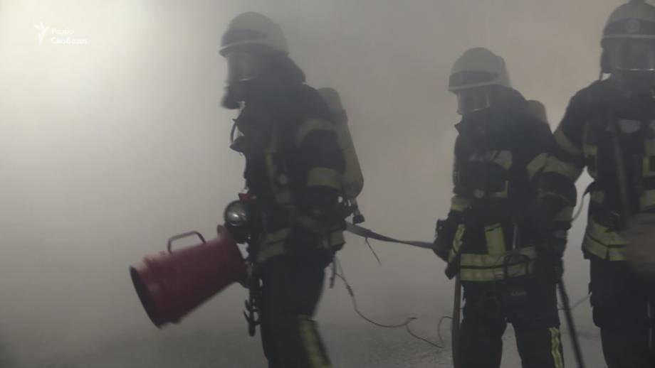 В Киеве провели противопожарные учения спасателей в одном из ТРЦ – КГГА