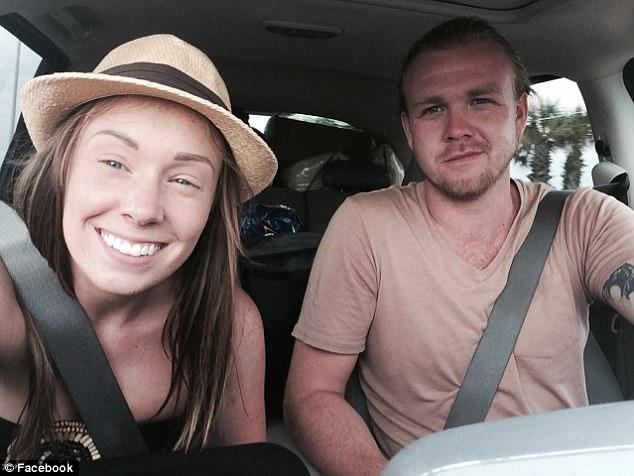 «Мы потеряли все за 20 минут»: пара хотела начать новую жизнь на яхте, но счастье продлилось всего два дня (7 фото)