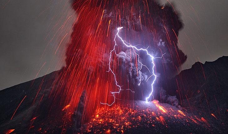 Извержение вулкана Сакурадзима (20 фото)