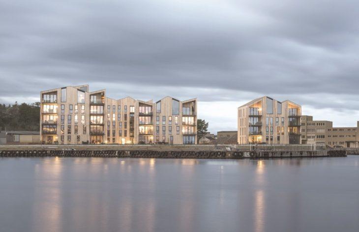 Mandal Slipway Housing Complex by Reiulf Ramstad Arkitekter (18 pics)