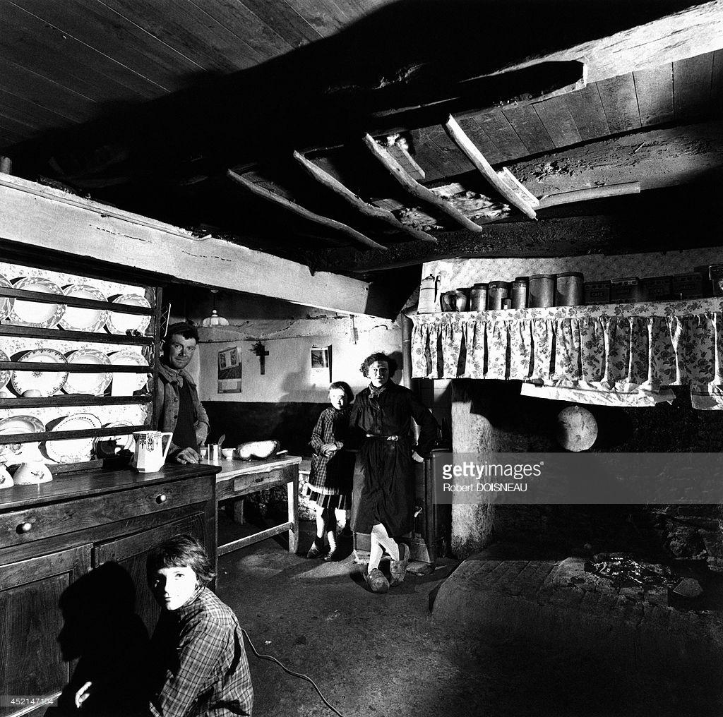 1964. На ферме в Тредюдон, Бретань