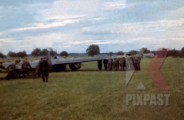 stock-photo-crash-landed-messerschmitt-bf110-of-lehrgeschwader-2-7hlg2-south-russia-1941--13067.jpg