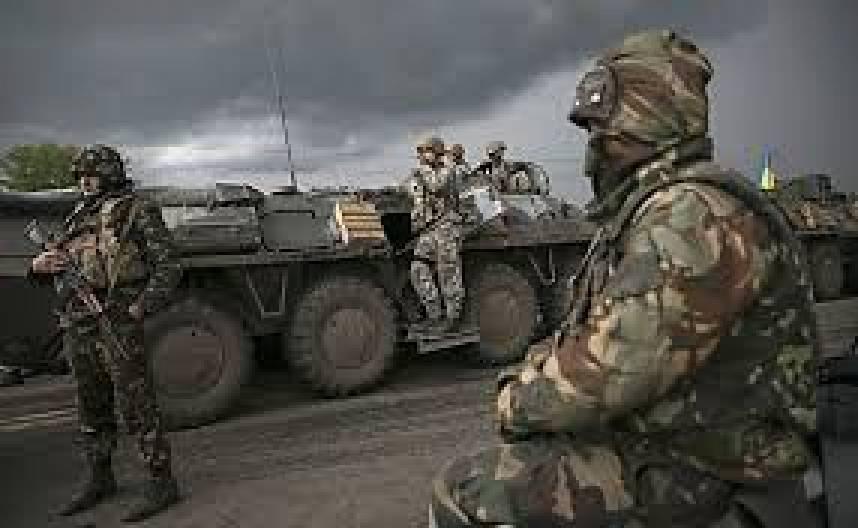 За минувшие сутки боевики совершили 61 обстрел. Враг активно вел воздушную разведку: над позициями ВСУ замечены 7 беспилотников, - пресс-центр штаба АТО