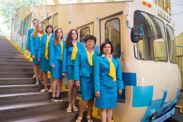 Киевский фуникулер возобновил работу. ФОТОрепортаж