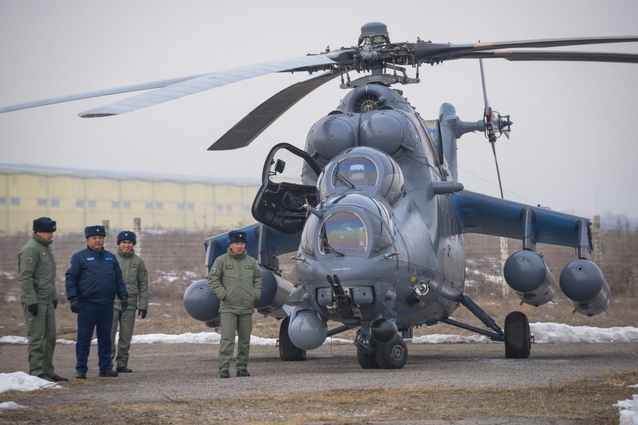 Kazakhstan Armed Forces - Page 2 0_114ece_82478ac2_orig