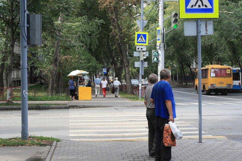 ул. Коммунистическая, Буянова и старый город 026.JPG