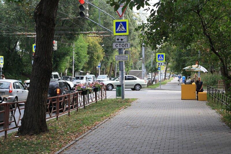 ул. Коммунистическая, Буянова и старый город 030.JPG